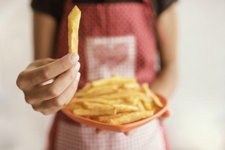 Ισορροπημένη διατροφή: Οι «αθώες» συνήθειες που την σαμποτάρουν | vita.gr