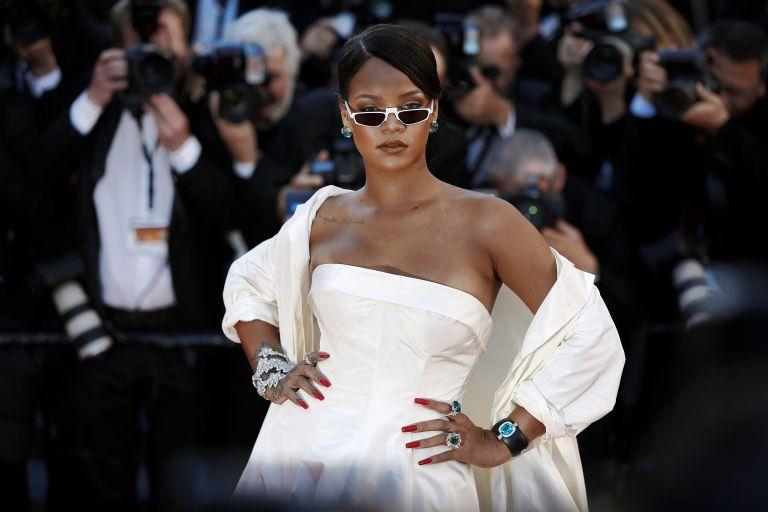 Η βραδινή ρουτίνα περιποίησης της Rihanna   vita.gr