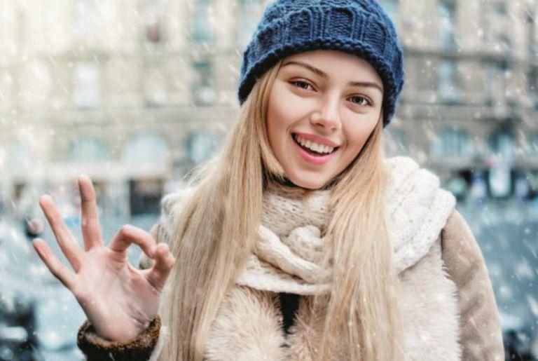 Δέρμα ξηρό από το κρύο; Έτσι θα το ανακουφίσετε | vita.gr