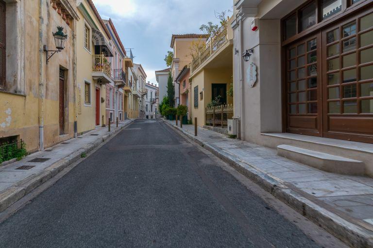 Αναπόφευκτη η παράταση του lockdown στις «κόκκινες» περιοχές | vita.gr