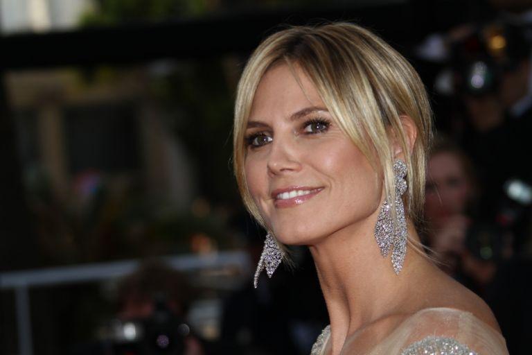 Χάιντι Κλουμ: Με ποιο γιο διάσημου Έλληνα είναι ζευγάρι η κόρη της; | vita.gr