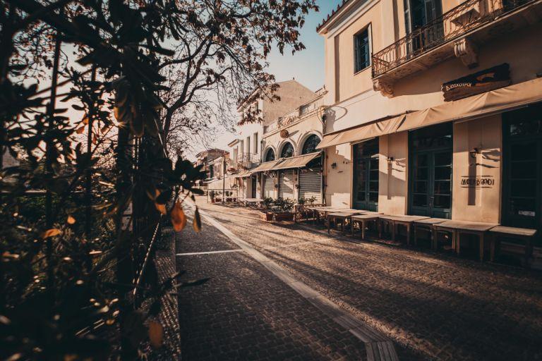 Lockdown: Τι θα οδηγήσει σε παράταση μιας εβδομάδας | vita.gr