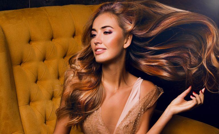 Hair Care Tips: Πώς θα χαρίσουμε όγκο στα λεπτά μαλλιά;   vita.gr