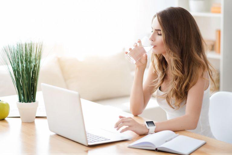 Θέλετε να κάψετε περισσότερες θερμίδες; Πιείτε κρύο νερό   vita.gr