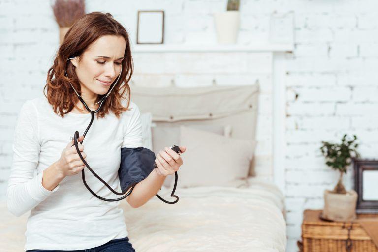 Είναι εμμηνόπαυση ή μήπως υπέρταση;   vita.gr