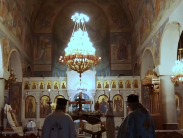 Κοροναϊός : Αδιανόητος συνωστισμός σε κηδεία ιερέα στη Δράμα – Βίντεο ντοκουμέντο | vita.gr