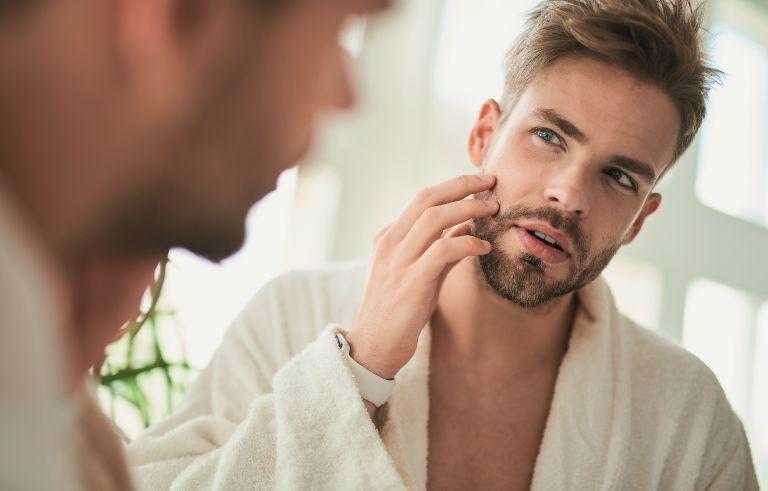 Ανδρική περιποίηση: Οι κανόνες του καθημερινού grooming | vita.gr