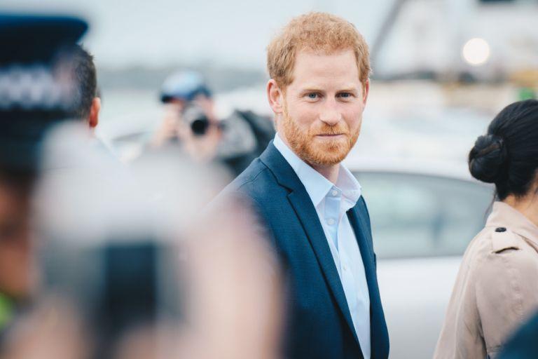 Πρίγκιπας Χάρι : Έπιασε την πρώτη του δουλειά | vita.gr
