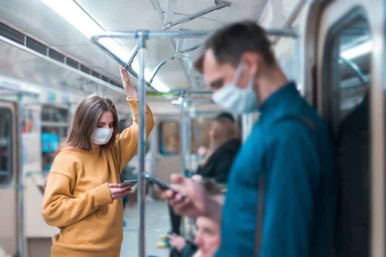 Κοροναϊός σε αερολύματα : Γιατί οι χαλαρές μάσκες είναι κακή ιδέα | vita.gr