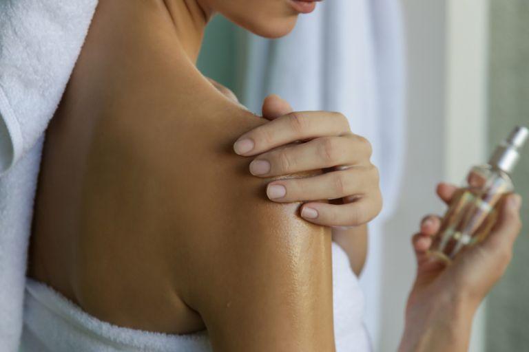 Body oil ή body lotion : Τι να προτιμήσουμε; | vita.gr