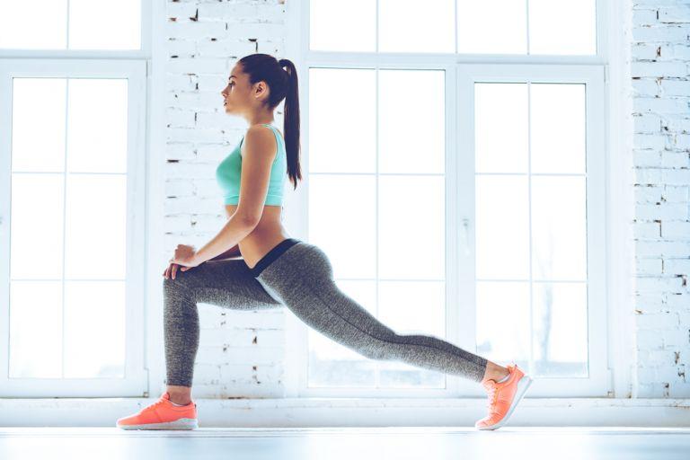 Fitness: Ασκήσεις για γραμμωμένα πόδια χωρίς εξοπλισμό | vita.gr