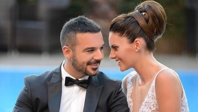 Τριαντάφυλλος: Η υπέροχη ιστορία αγάπης με τη σύζυγό του, Δήμητρα Σιαμπάνη   vita.gr