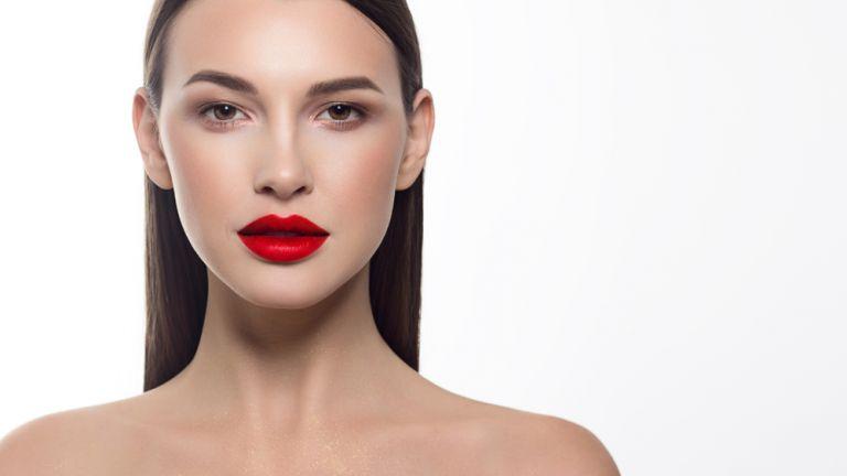 Τα επαγγελματικά βήματα για τέλεια, κόκκινα χείλη | vita.gr