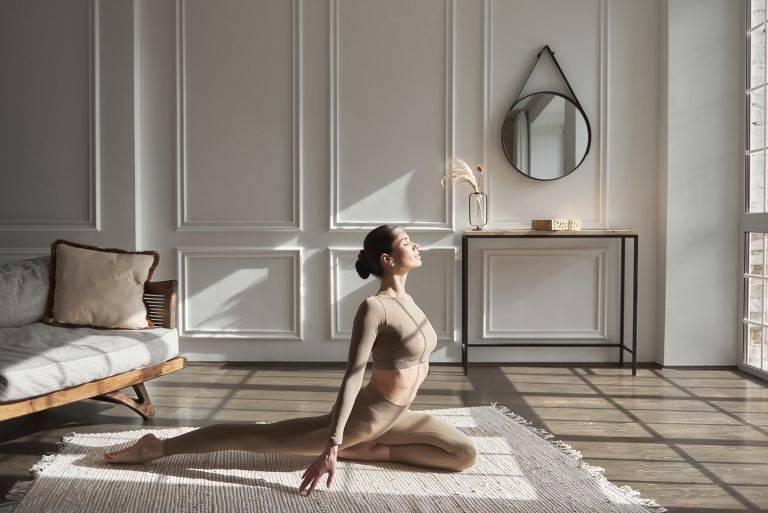 Ασκήσεις για αυξημένη ευλυγισία | vita.gr