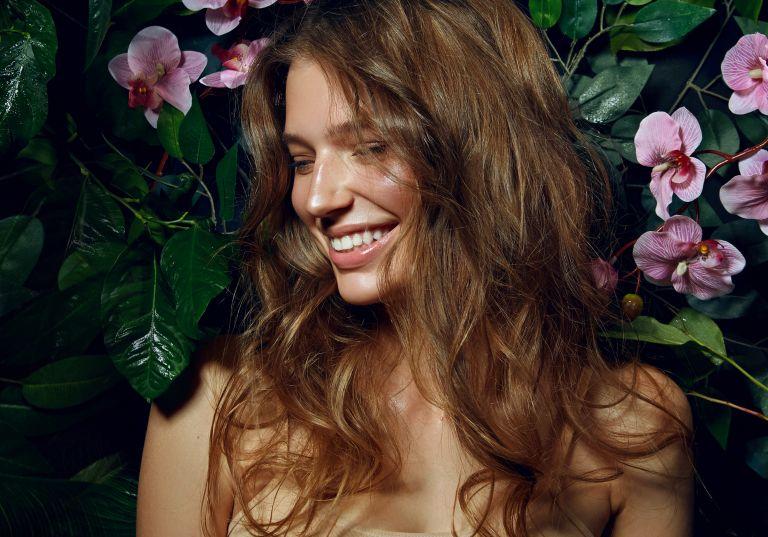 Hair detox: Πώς θα κάνουμε αποτοξίνωση στα μαλλιά μας; | vita.gr