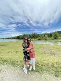 «My Greece»: Η Δέσποινα Βανδή στη λίμνη Πλαστήρα με την Έλενα Παπαρίζου | vita.gr