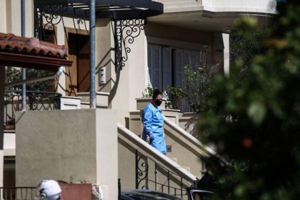 Γλυκά Νερά: «Κατάλαβα ότι η σύζυγός μου ήταν νεκρή όταν με απελευθέρωσαν οι αστυνομικοί»   vita.gr