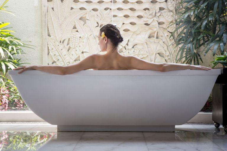 DIY: 3 κορυφαίες spa θεραπείες που μπορούμε να κάνουμε σπίτι μας | vita.gr