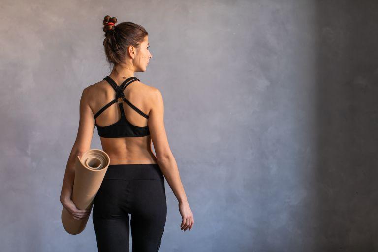 Έτσι θα κάψετε το λίπος στην πλάτη | vita.gr