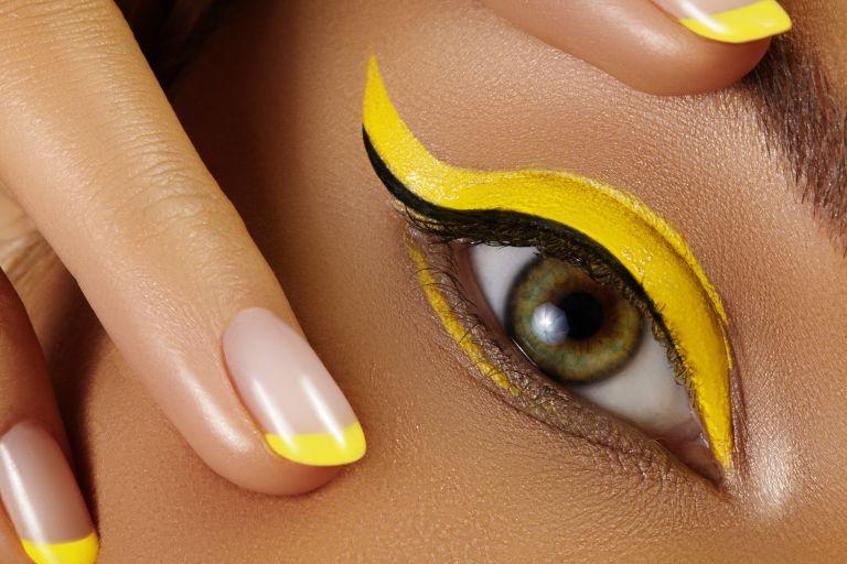 Summer 2021: Η νέα τάση στο eyeliner   vita.gr