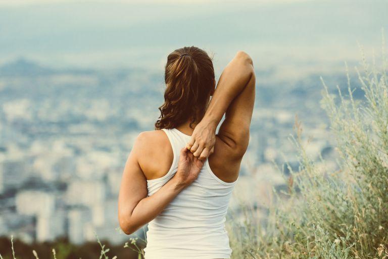 Σμιλευμένα χέρια με αυτές τις ασκήσεις | vita.gr