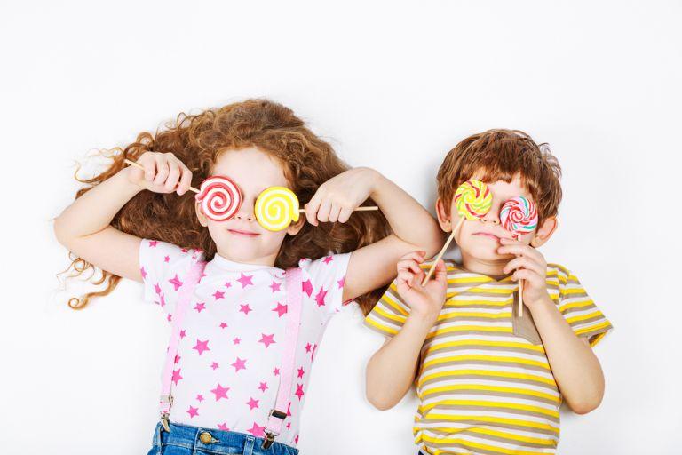 Πώς θα μειώσουμε τη ζάχαρη στη διατροφή του παιδιού; | vita.gr