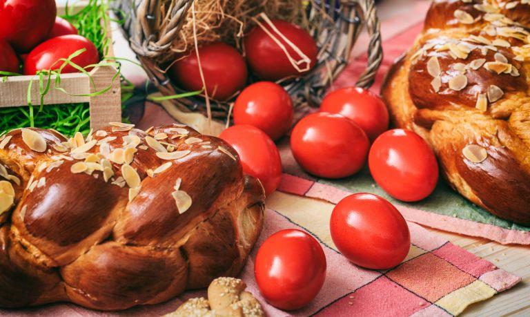 Πασχαλινό τραπέζι: Θερμίδες και «έξυπνες» επιλογές | vita.gr