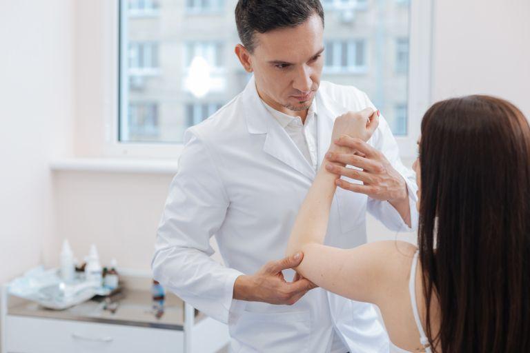 Τι μειώνει τον πόνο στο 50% στους ρευματοπαθείς   vita.gr