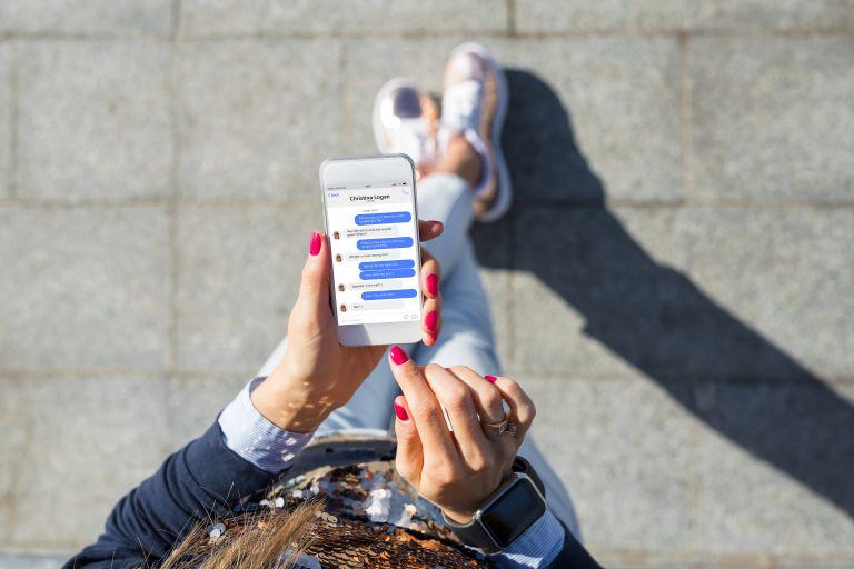 Facebook: Μπορεί το Messenger να μας κατασκοπεύσει;   vita.gr
