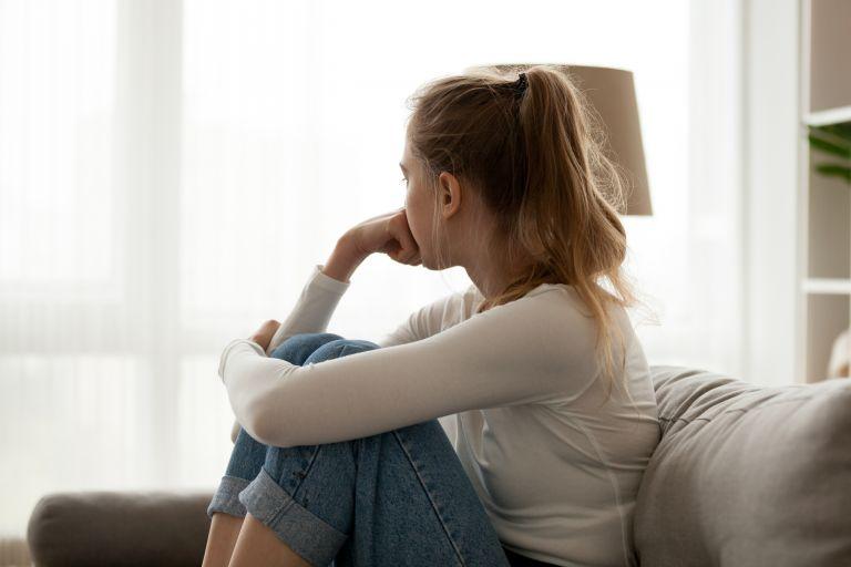 Αυτοεκτίμηση: Μήπως πρέπει να την δουλέψετε; Οι προειδοποιητικές ενδείξεις | vita.gr
