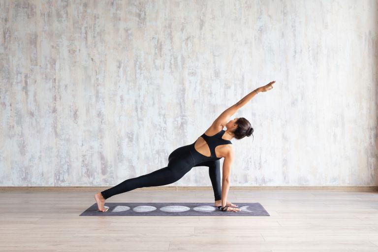 Καλύτερος ύπνος με ασκήσεις yoga | vita.gr