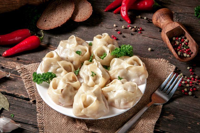 Gyoza: Πώς διαφέρουν από τα dumplings;   vita.gr