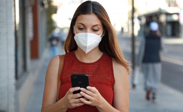 Τέλος η υποχρεωτική χρήση μάσκας σε εξωτερικούς χώρους από σήμερα – Σε ποιες περιπτώσεις παραμένει υποχρεωτική | vita.gr