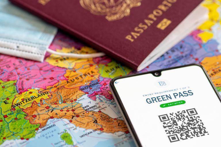 Υπεγράφη ο κανονισμός για το Ευρωπαϊκό Ψηφιακό Πιστοποιητικό – Τι προβλέπει | vita.gr