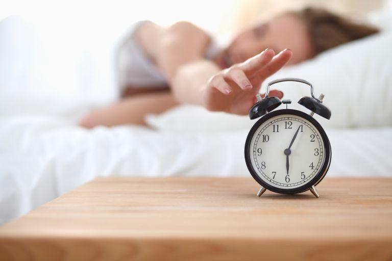 Ύπνος: Γιατί δεν ακούω ποτέ το ξυπνητήρι μου; | vita.gr