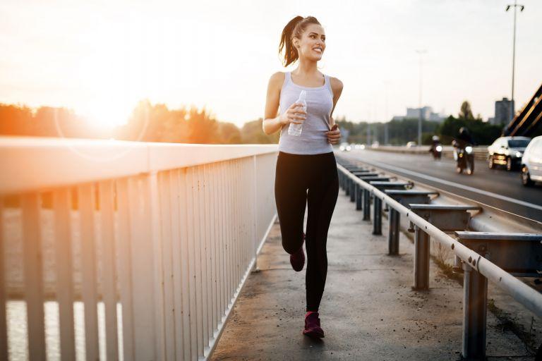 Ξεκινήσατε τρέξιμο στην πανδημία; Έτσι θα συνεχίσετε χωρίς τραυματισμούς | vita.gr