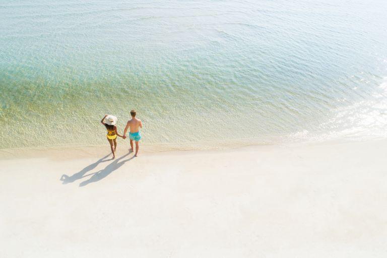Τελικά πόσο ασφαλής είναι η ερωτική επαφή μέσα στη θάλασσα; | vita.gr