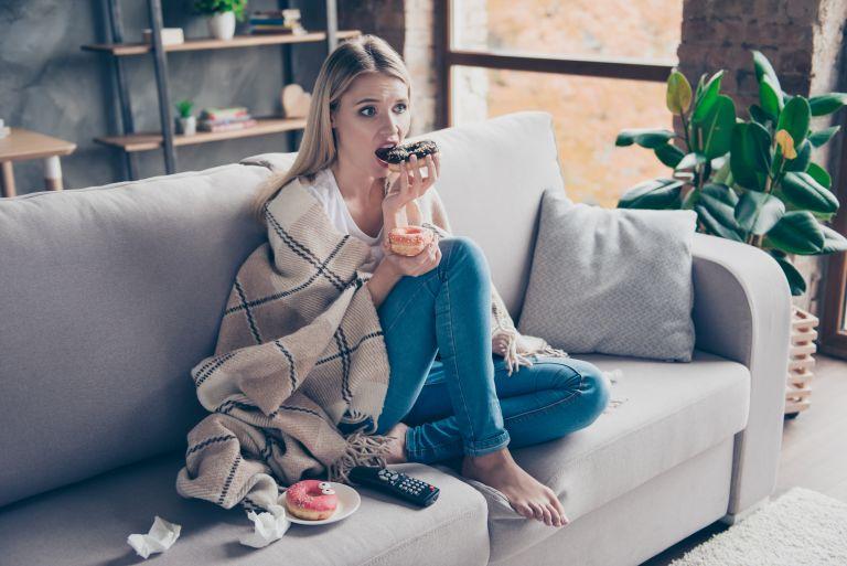 Τρώτε τα συναισθήματά σας; Έτσι θα σταματήσετε | vita.gr
