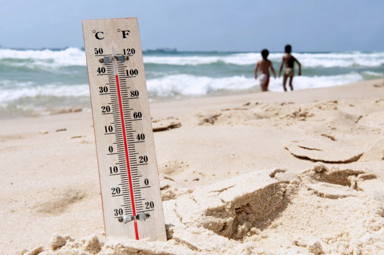 Καιρός: Συνεχίζεται για έκτη μέρα ο καύσωνας – Πού θα χτυπήσει «κόκκινο» ο υδράργυρος   vita.gr