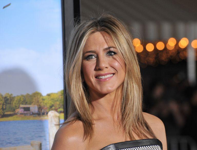 Jennifer Aniston – Αποκάλυψε την fitness μέθοδο «15-15-15» και θα την λατρέψετε | vita.gr