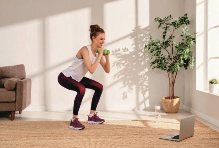 Οι καλύτερες ασκήσεις για να «κάψετε» λίπος στους γοφούς | vita.gr