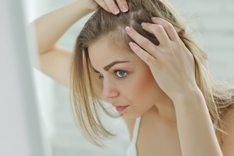 Μαλλιά: Τι να κάνετε για να μην τα χάσετε   vita.gr