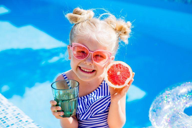 Όσα πρέπει να προσέξετε στην διατροφή του παιδιού το καλοκαίρι   vita.gr