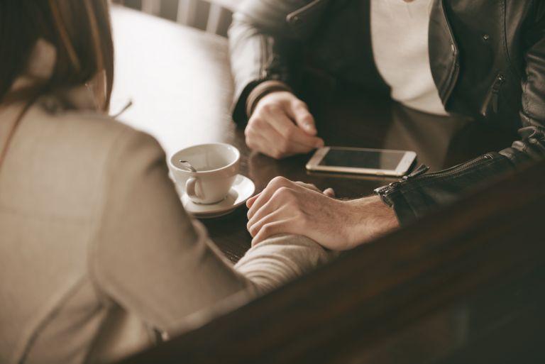Χωρίσατε; Ίσως υπάρχει app που μπορεί να σας βοηθήσει | vita.gr