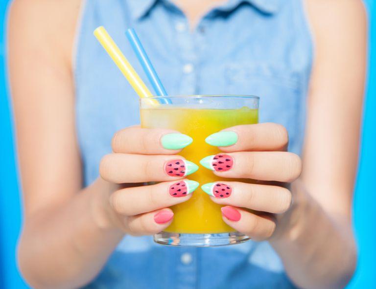 Ποιες συνήθειες καταστρέφουν τα νύχια;   vita.gr