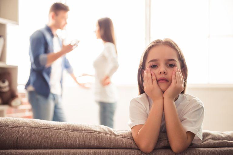Διαζύγιο: Πώς να ζητήσετε βοήθεια για την φροντίδα του παιδιού | vita.gr