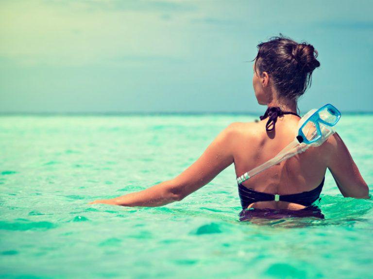 Πριν το κολύμπι – Τι να προσέξετε στη διατροφή σας για να είστε ασφαλείς | vita.gr