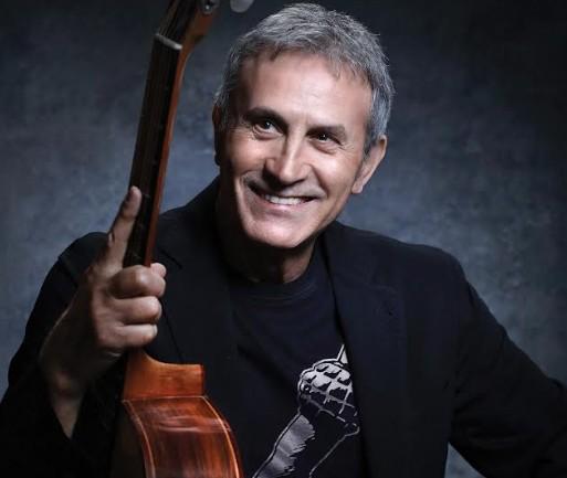 Γιώργος Νταλάρας – Μεγάλη συναυλία στις 15 Σεπτεμβρίου στο «Βεάκειο» | vita.gr