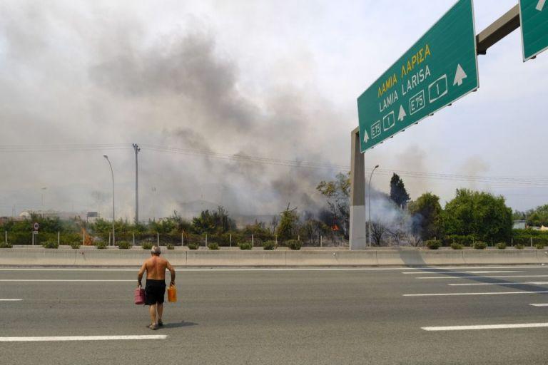 Φωτιές στην Αττική – Εξετάζεται οργανωμένο σχέδιο εμπρησμού   vita.gr