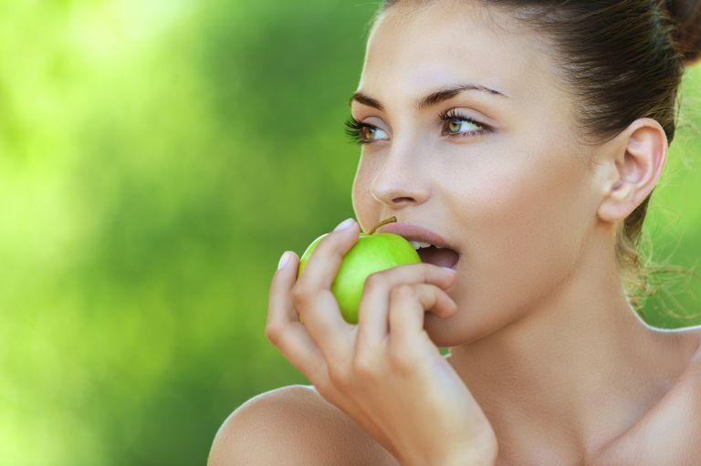 Οι καλύτερες τροφές για να μειώσετε την χοληστερίνη | vita.gr